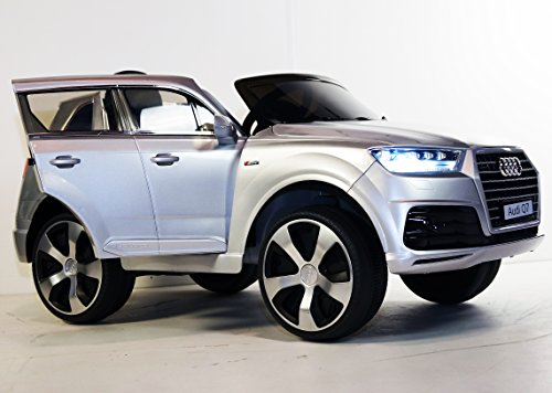 KIDS-CAR AUDI Q7 LICENSED WITH PARENT REMOTE CONTROL. BATTERY 12V TOTAL. RIDE ON ELECTRIC CAR For kids 3-8 years. Opening doors. POWER WHEELS car. Ride on toys. Car to drive for kids. Truck 12 volt.