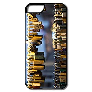 Cool Love Padlocks IPhone 5/5s Case For Friend