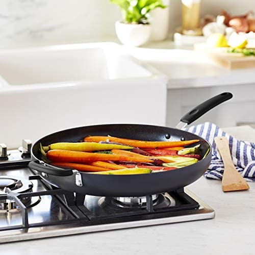 Amazon Basics Hard Anodized Non-Stick 14-Inch Skillet with Helper Handle, Black