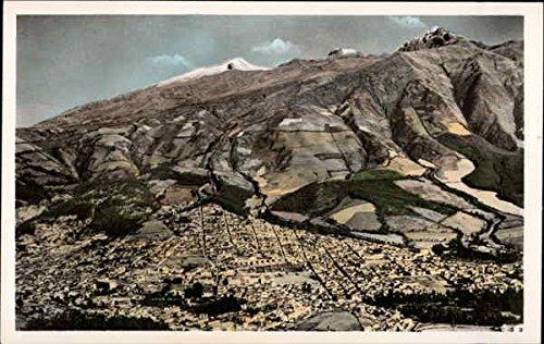 Quito y el Pinchincha Pinchincha, Ecuador Original Vintage Postcard