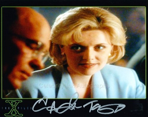 AMANDA TAPPING as Carina Sayles - The X-Files Genuine Autograph from Celebrity Ink