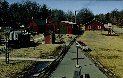 (Sandley Light Railway Equipment Work Wisconsin Dells, Wisconsin Original Vintage Postcard)