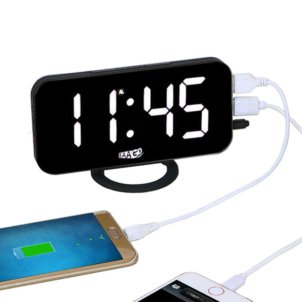 EAAGD電子LEDデジタルデスククロック 置き時計 調節可能の明るさ ダブルUSBポート付き for andriod / iphone /ノートパソコン (ホワイトライト)  ホワイトライト B075FPNKPP