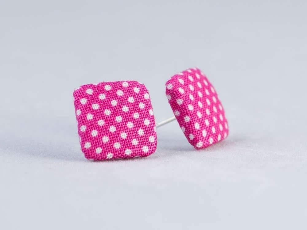 pink weiß Punkte Ohrstecker - quadratisch 15mm - Stoffohrstecker - Stoff Ohrstecker Ohrringe MotleyBees