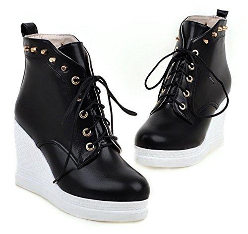 YE Damen Wedges High Heels Plateau Stiefeletten mit Keilabsatz Schnürung Nieten und 9cm Absatz Herbst Winter Ankle Boots Schwarz