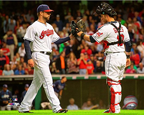 yan-gomes-corey-kluber-cleveland-indians-2014-mlb-action-photo-size-8-x-10