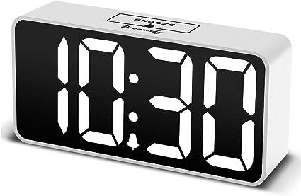 Adjustable DreamSky Compact Digital Alarm Clock with USB Port for Charging