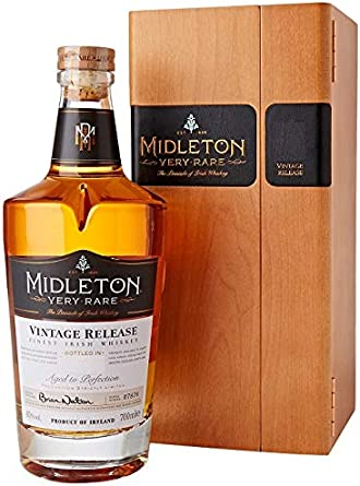 Midleton Very Rare Irish Whiskey 2019 - Whisky limitado con grabado de Brien Nation, Noble Spirits con caja de madera - Regalo ideal y coleccionable, 1 x 0,7 L: Amazon.es: Alimentación y bebidas