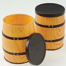 Una docena de barriles miniatura con temática del Oeste