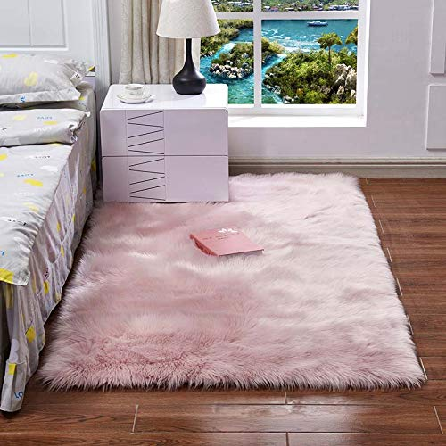 QSSM Luxury Faux Sheepskin Fur Area Rugs, Silky Long Wool Carpet, Shaggy Plush Carpet for Living Room Bedroom, Children Play Dormitory Home Decor Rug 4x6ft Round, Ice Pink