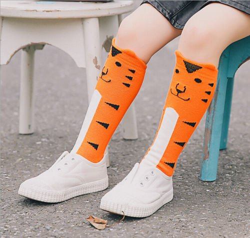 748a3e5f7 Amazon.com  For Age 4-6 Baby Kids Toddlers Girls Knee High Socks Tights Leg  Warmer Stockings (Orange Tiger)  Baby