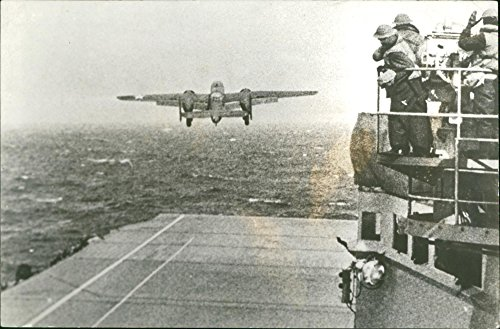 (Vintage photo of From the flight deck of the U.S. aircraft carrier Hornet, a B-25 bomber starts for Japan)