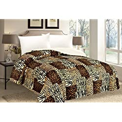 Queen Comforter Thick Warm Sumptuously Soft Beautifully Plush Faux Fur Borrego / Microfiber Reversible Sherpa Winter Blankets Choose From Purple Black Burgundy Animal Print (Animal Print YZ 247)