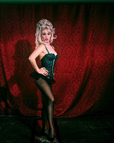 Mamie Van Doren raunchy pose in showgirl costume stockings busty 8x10 Promotional Photo (Promotional Van)