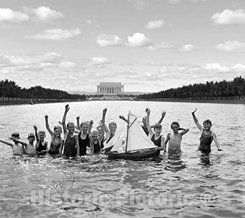 Washington D.C. Historic Restored Black & White Photo, Reflecting Pool, Lincoln Memorial, c1926 | 44in x 32in