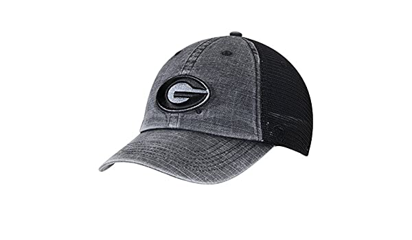 new arrival ab62e 3ced6 Amazon.com   Georgia Bulldogs Top of the World Ploom Trucker Adjustable Hat  Black   Sports   Outdoors