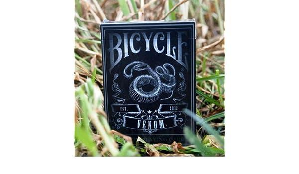 Amazon.com: Venom Deck by U.S. Playing Card Company: Toys ...