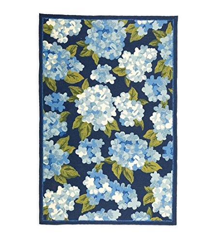 (Plow & Hearth Blue Hydrangeas Indoor Outdoor Polypropylene Area Rug 60 x 90)