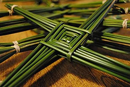 Brigid Cross - Make Your Own St Brigid Cross From Authentic Wild Irish Rushes Also Popular For Basket Weaving Supplies (100) Natural Irish Rushes