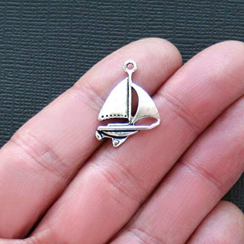 8 Sailboat Charms Antique Silver Tone Yacht Style - SC2120 (Yacht Antique)