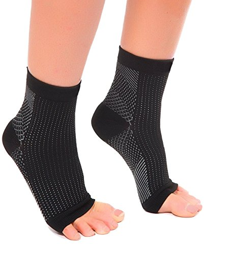 1 Pair Black/White Small/Medium - Bcurb Ankle Sleeve Plantar Fasciitis Compression for Men Women Heel Arch Support Ankle Socks Reduce Ankle Swelling Pain