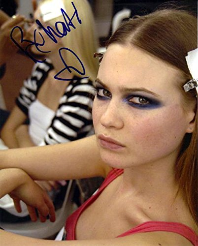 Behati Prinsloo Autographed Victorias Secret Signed Photo Aftal   Autographed Nhl Photos