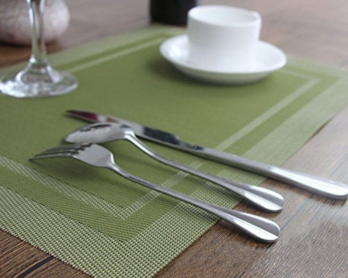 YO FUN Set of 4 PVC Placemats Washable Non-Slip Rectangle 45x30CM Table Mats Heat-Insulation Placemat Decoration for Home, Kitchen, Restaurant, Hotel, Olive Green