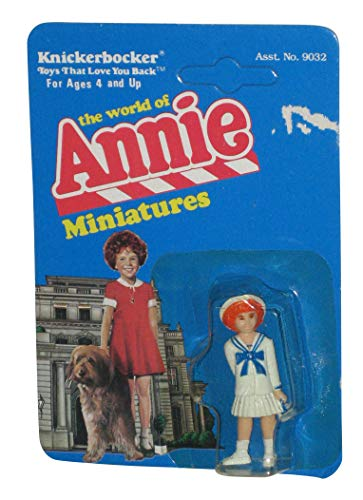 The World of Annie Miniatures ANNIE Figure - Sailor Dress (1982 Knickerbocker)]()