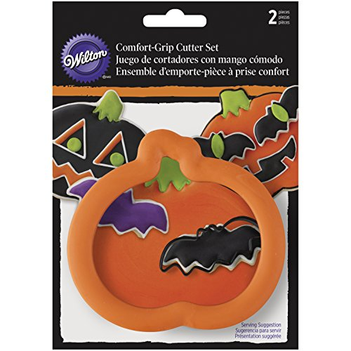 Wilton 2-Piece Pumpkin & Bat Halloween Cookie Cutter Set