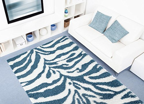 230 Manhattan Turquoise Area Carpet product image