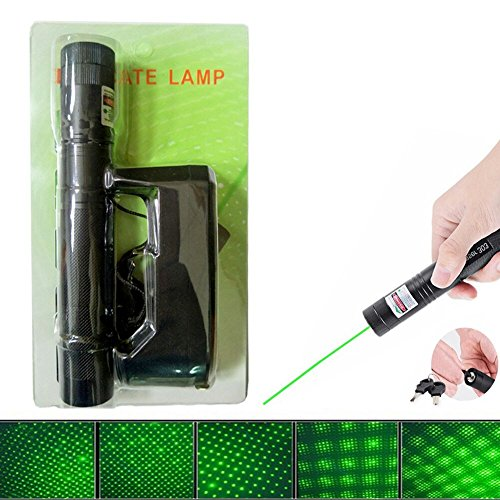 (DMOHLINK Paper plastic packaging Green Beam PowerPoint Clicker Demo Remote Pen Pointer Projector Travel Outdoor Flashlight (Includes a 18650 Battery+ Charger - US Shipping. 3-6 days delivery))