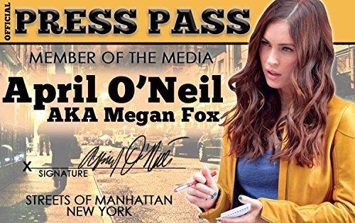Amazon.com: Megan Fox Aka Abril de o neil de la Licencia de ...