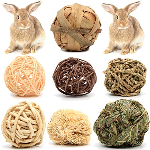 Youngever 7 Pack Small Animal Activity Toys, Assorted Rabbit Balls, Chewable Teething Activity Toys for Bunny, Rabbit, Hamster, Guinea Pig