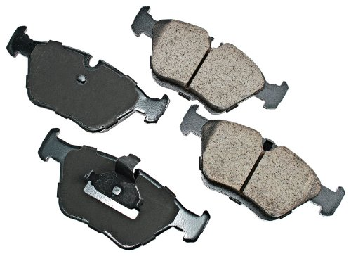 Akebono EUR725 EURO Ultra-Premium Ceramic Front Brake Pad Set For 1997-2003 BMW 525, 528