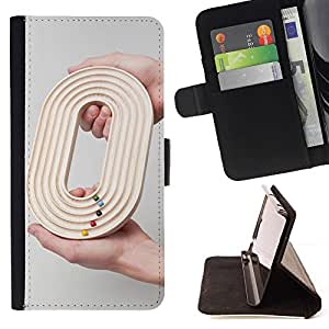 Momo Phone Case / Flip Funda de Cuero Case Cover - Diseño O 0 Cero Juego Gris Raza Profundo - Motorola Moto E ( 1st Generation )