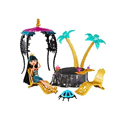 Monster High, 13 Wishes, Desert Fright Oasis Playset with Cleo De Nile Doll: Toys & Games