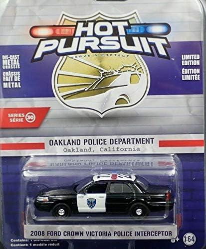 2010 Ford Crown Victoria Police Interceptor  Hot Pursuit  Greenlight  1:64  NEU