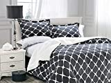 Elegant Comfort  Softest, Coziest Premium Quality Heavy Weight Bloomingdale Pattern Micromink Sherpa-Backing Reversible Down Alternative Micro-Suede 3-Piece Comforter Set Queen Grey