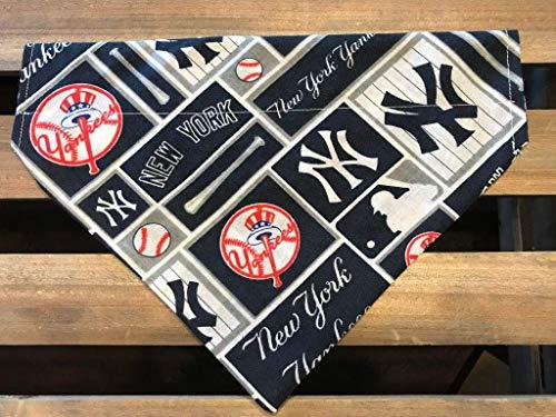 New York Yankee Fans.Let Your Best Friend Show Their Team Spirit