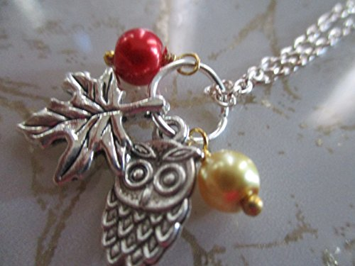 Autumn Necklace Woodland Jewelry Lovely Hand crafted Fall Theme Necklace Maple Leaf Owl Jewelry Stunning Silver Fashion