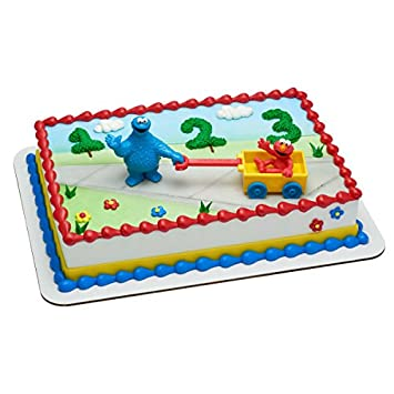 Amazon Com Cookie Monster And Elmo Birthday Cake Kit Kitchen Dining