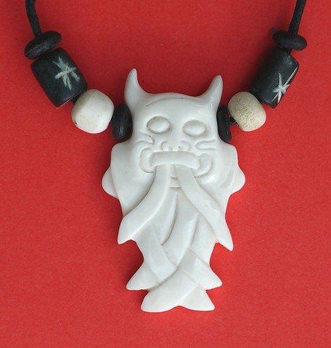 Cadena de diseño trébol de amuleto colgante máscara Odin KBone14 ...