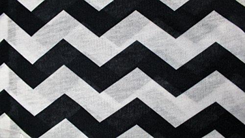 Women's Chevron Patterned Infinity Scarf with Zipper Pocket (Black)