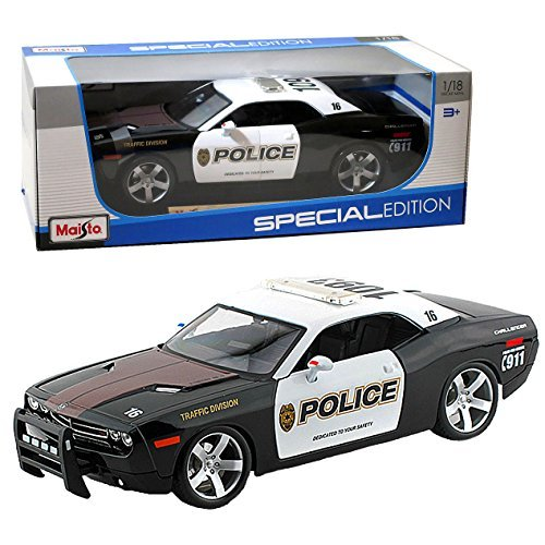 Edition Special Display (Maisto Year 2006 Special Edition Series 1:18 Scale Die Cast Car Set - Black and White Traffic Division Police Cruiser 2006 DODGE CHALLENGER CONCEPT with Display Base (Car Dimension: 10