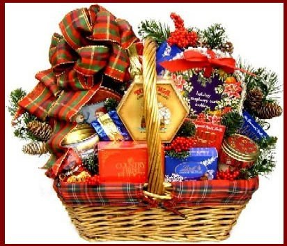 Old Fashioned Christmas (Large), Christmas Gift Basket For The Holidays (Gift Baskets For Office Staff)