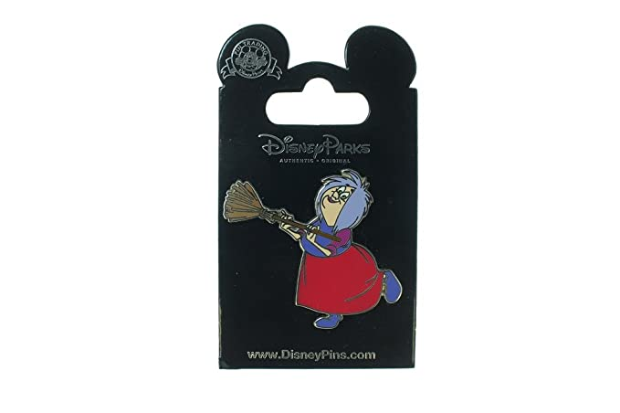 Amazon.com: Disney La Espada en la piedra Madam Mim con ...