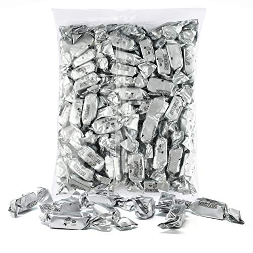 Silver Foils Chewy Taffy Candy, 1-Pound Bag of Silver Color Themed Kosher Candies Individually Wrapped Pineapple Fruit-Flavored Taffies (NET WT 454g, About 63 -