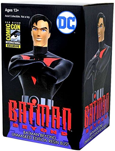 DC Batman Beyond Unmasked Resin Bust ()