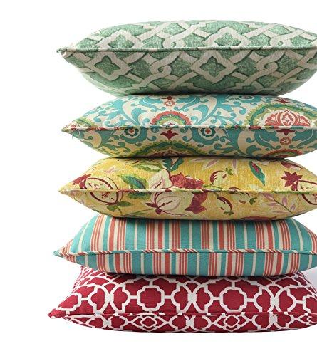WAVERLY Indoor/Outdoor Decorative Throw Cushion