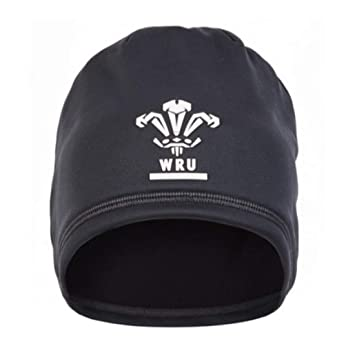 1aec42e4b7f Under Armour Welsh Rugby WRU Men s Element 3.0 Beanie  Amazon.co.uk ...